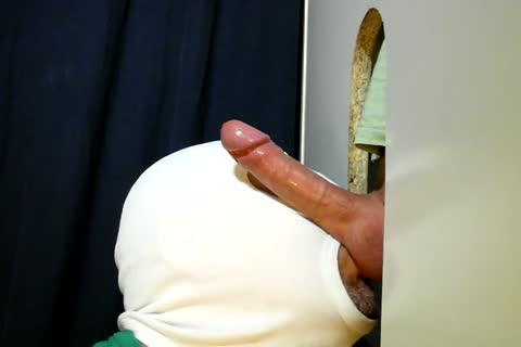 For clip No. 60 Here anew Is The delicious 28 Year old Hunk From The Neighborhood. he Came Over As Usually For A Relaxed Sunday Afternoon oral-stimulation-job. I Tried To Go A Little Slower This Time When he Got Close. I Heard Him Breathe Hard On The